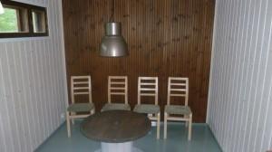 Entinen sauna ja lauteiden paikka